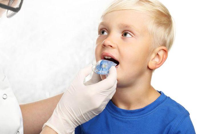Est t-il nécessaire de conduire les enfants chez l'orthodontiste?