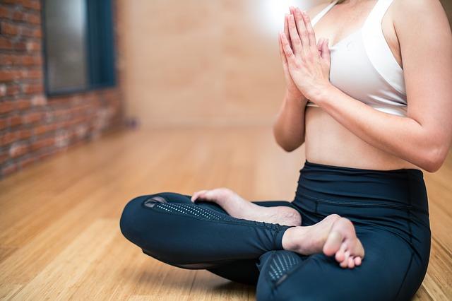 Faire du yoga pour se détendre