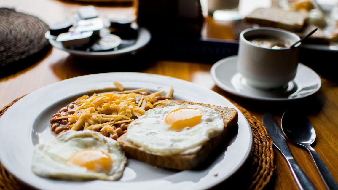 Petit déjeuner: pourquoi faut-il absolument privilégier les œufs ?